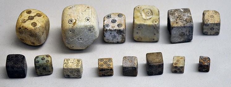 standard-dices-pagania-ancient-bone-dice